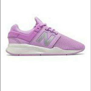 New Balance Violet 247 Running Sneakers